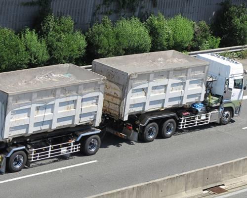 コンテナトラック