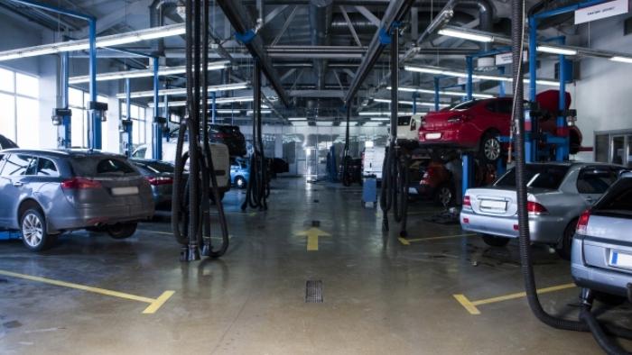 群馬県藤岡市で働く!残業なし!国産ディーラーでの自動車整備士 RS-S-81